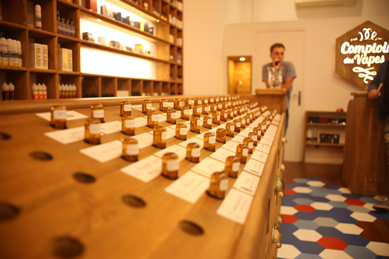 Comptoir des Vapes Lyon et Annecy - Cigarette électroniques et eliquides